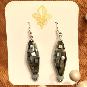 frontrow.style Jewelry - Sterling Silver Earrings Cana Mother of Pearl